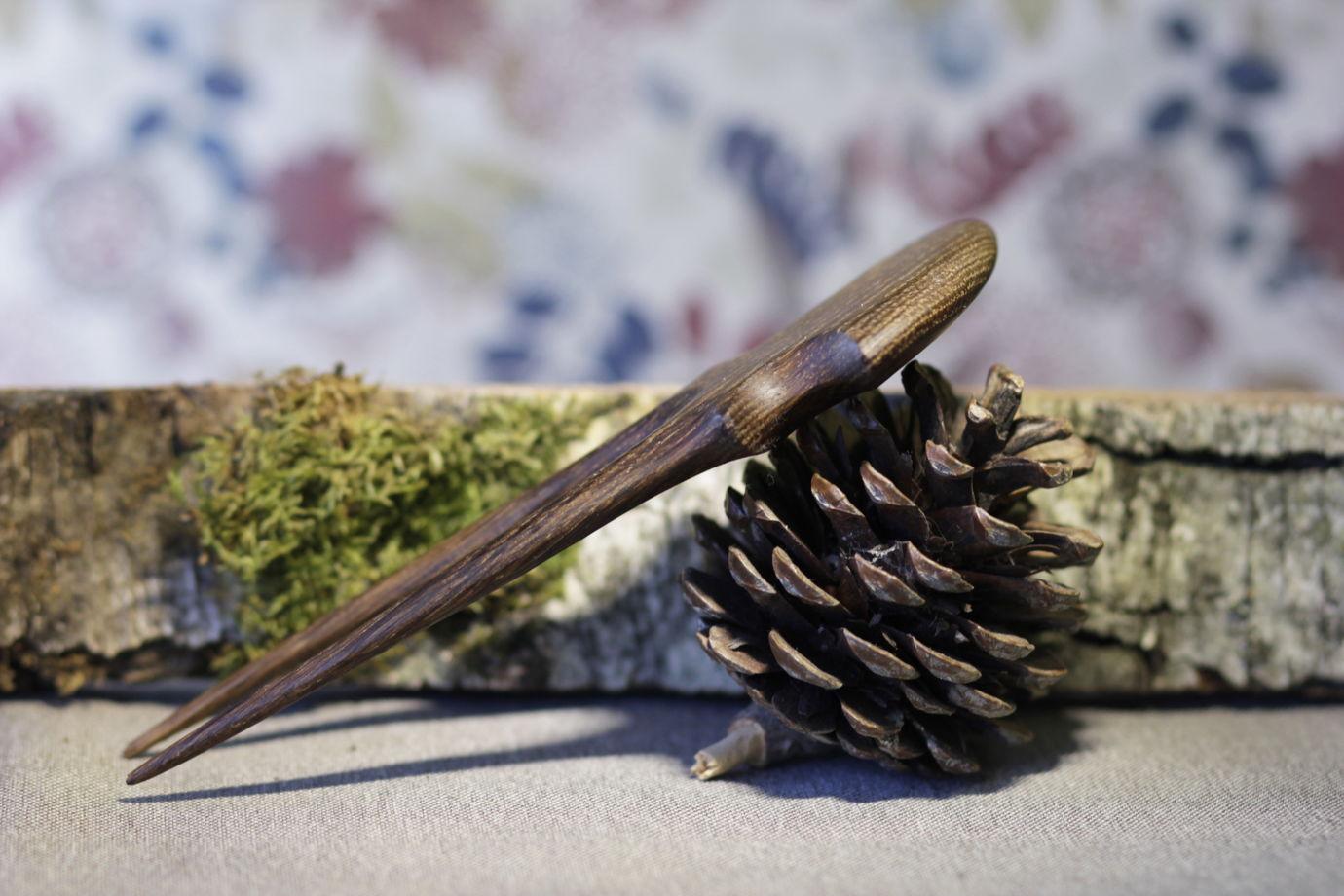 """Шпилька из дуба """"Лист дуба"""" для волос"""