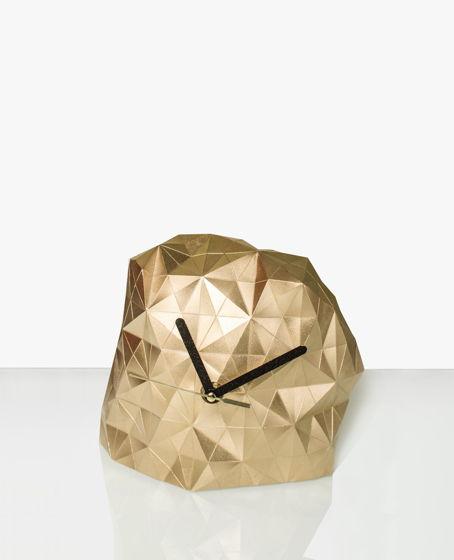 Часы B.ON