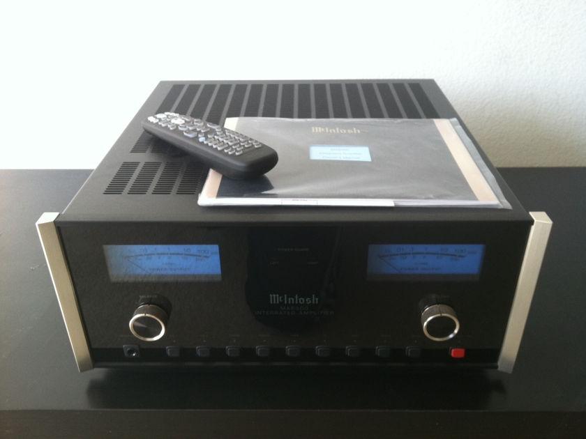 Macintosh ma6300 ma-6300 ma 6300 integrated amp  LIKE NEW