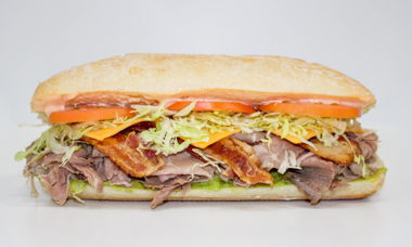 Big Star Sandwich Roast Beef, Bacon, Cheddar & Guacamole