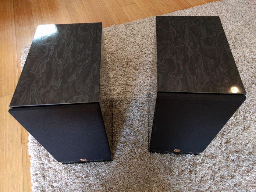 "Omega Speaker Systems 6R speakers, black, monitors, 6"" single driver"