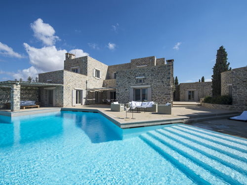 Rising interest in real estate in the Greek islands