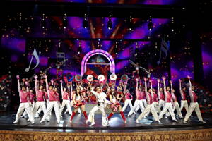 Enjoy an exciting Bollywood experience