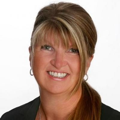 Claudia Duvell-Prévost  Real estate agent RE/MAX Platine