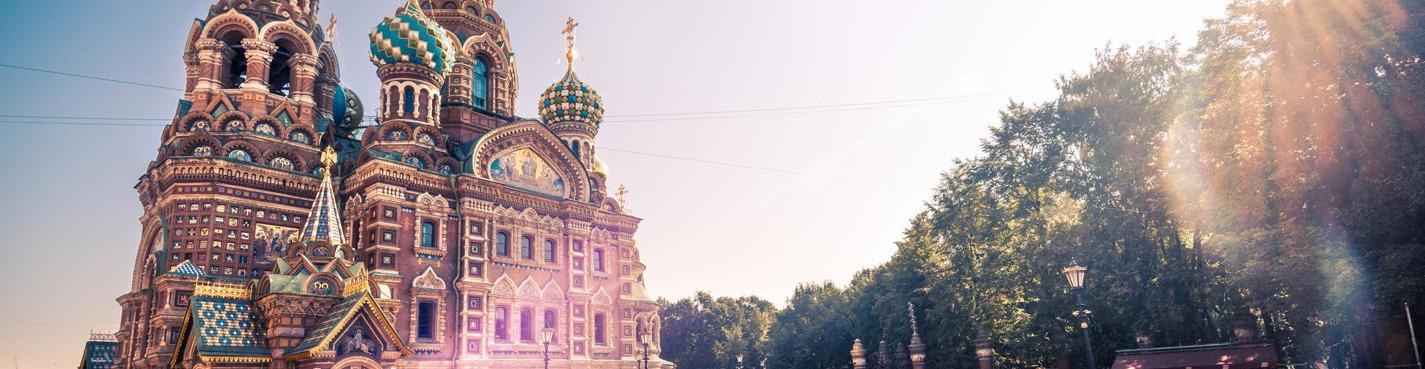 Обзорная экскурсия по Санкт-Петербургу на автомобиле.