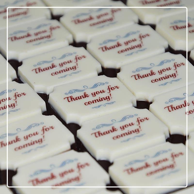 customised chocolate wedding favors