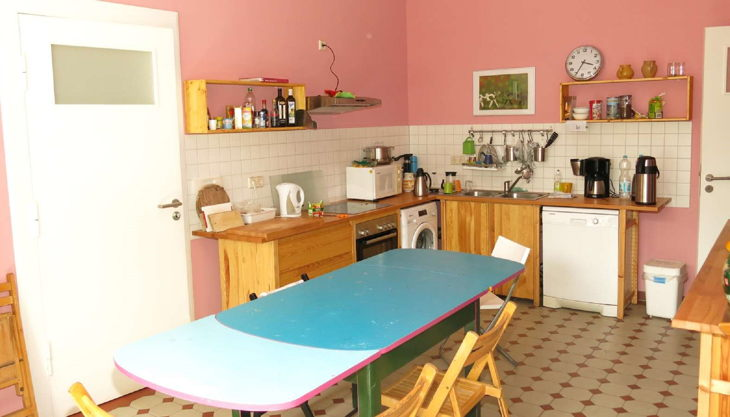 kulturwerkstatt kaos rosa küche