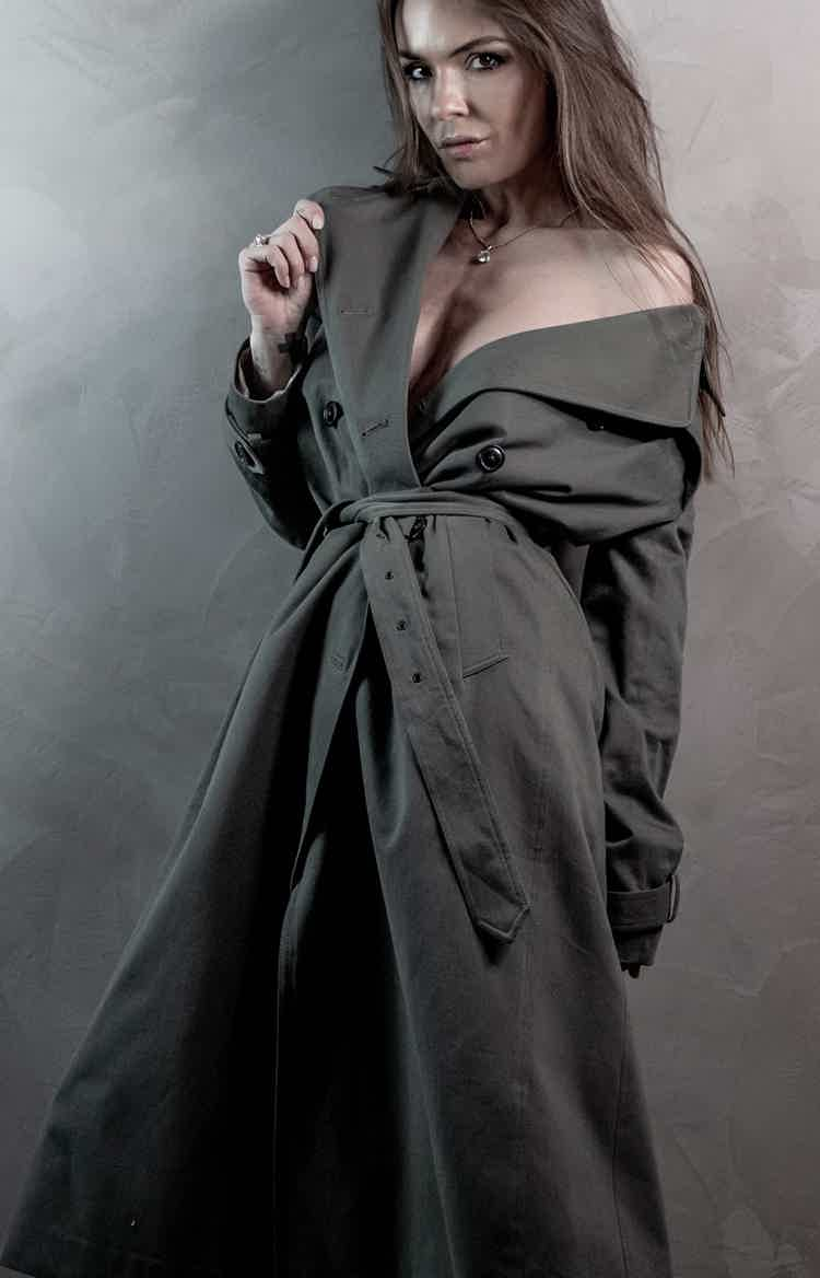 Protective trench-coat