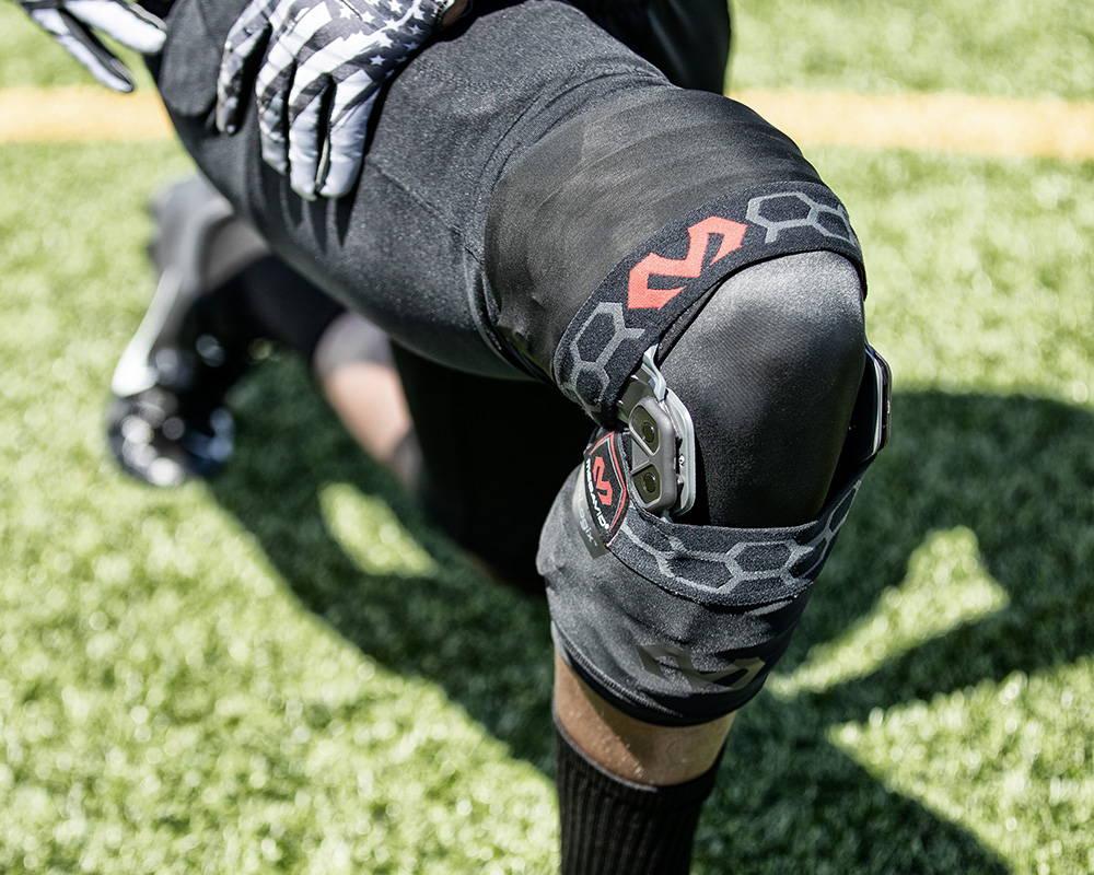 Mcdavid Biologix Knee Brace, Mcdavid Bio-logix Knee Brace, Bio-logix Knee Brace, Knee Support, Knee sleeve, Knee pads, Basketball Knee sleeve, Basketball knee brace, Football Knee Brace,