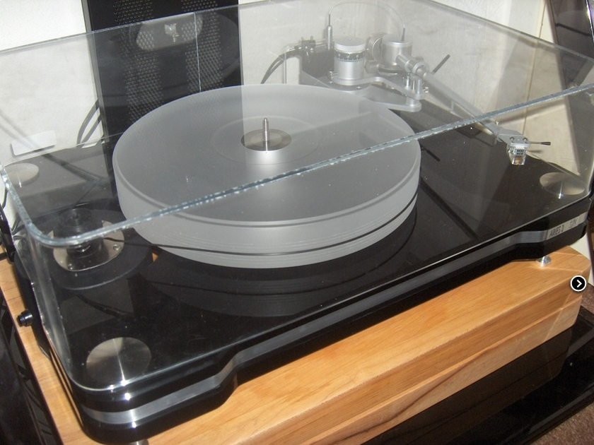 VPI  Aries 3 Turntable W/ JMW 10.5i Memorial Arm