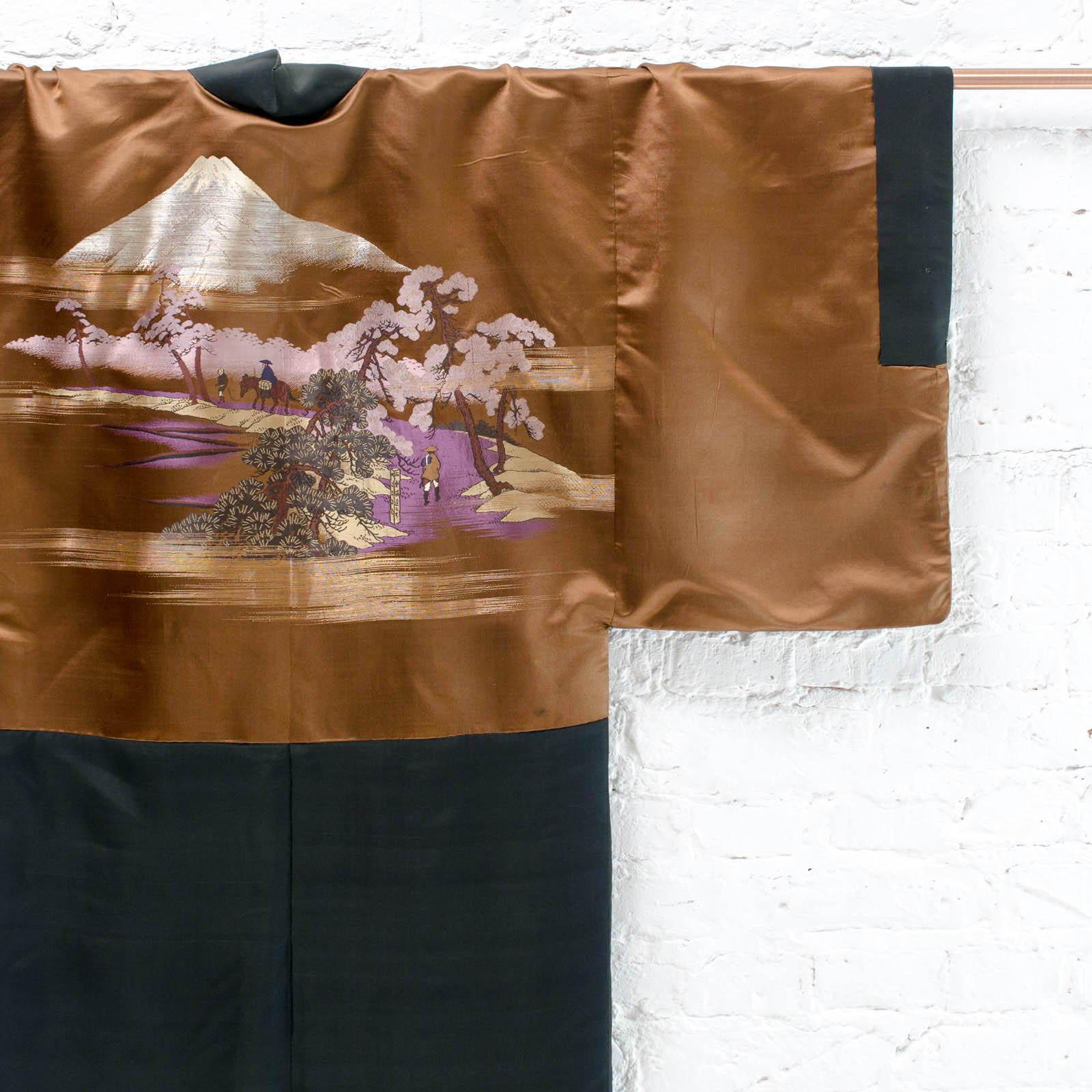 chester resversible silk kimono