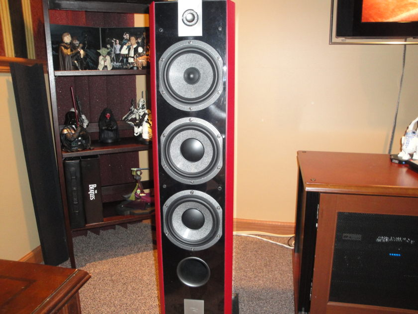 Focal 826w 30th anniversary ed Satin Red/lo Hrs