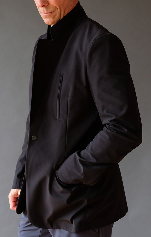 CAPABILITY – UNSTRUCTURED AIRPORT-TO-OFFICE-TRAVEL BLAZER BLACK