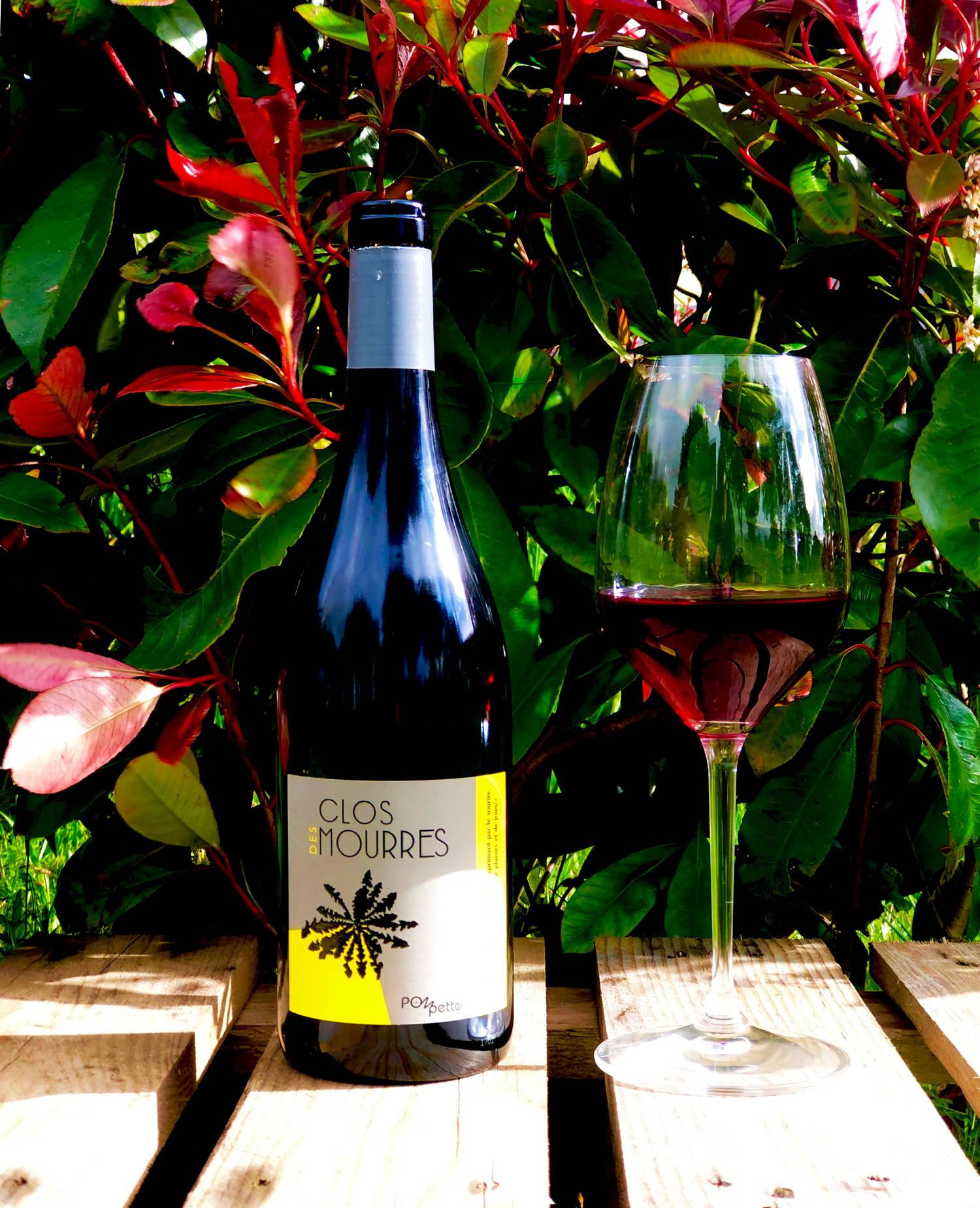 pompette rouge 2020, clos des mourres, vaucluse, ingrid bouchet, jean-philippe bouchet, france, vin nature, rawwine, organic wine, vin bio, vin sans intrants, bistro brute, vin rouge, vin blanc, rouge, blanc, nature, vin propre, vigneron, vigneron indépendant, domaine bio, biodynamie, vigneron nature, cave vin naturel, cave vin, caviste, vin biodynamique, bistro brute