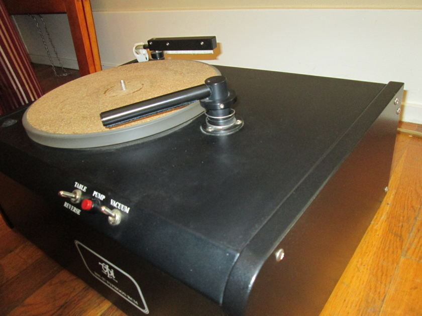 VPI Industries Typhoon Record Cleaning Machine