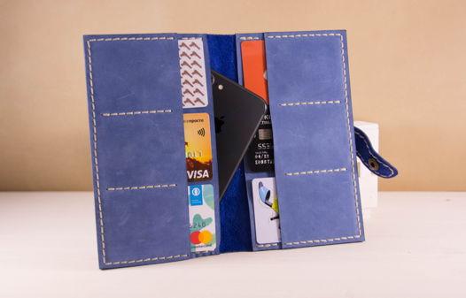 Женское портмоне из голубой кожи на кнопке