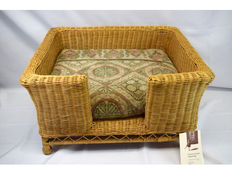 Woven Cat or Small Dog Bed