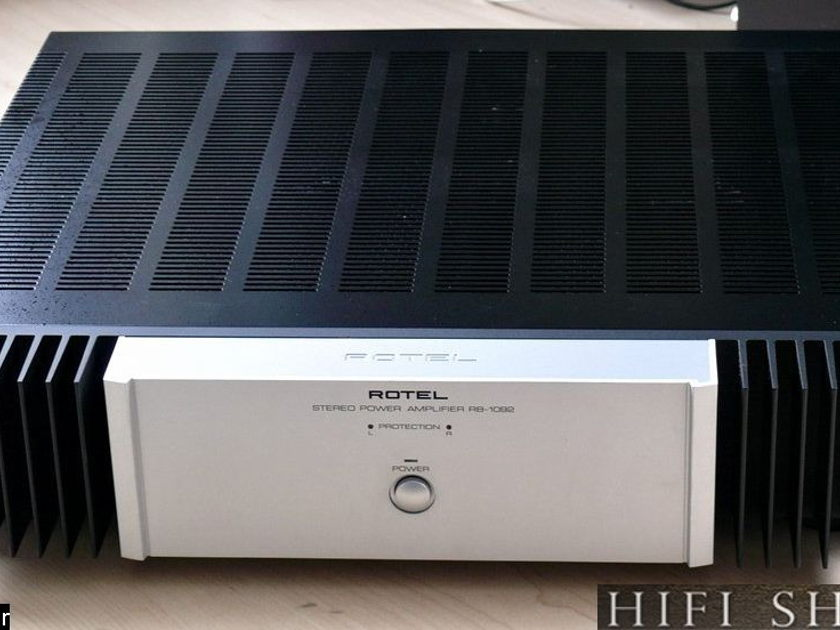 Rotel RB-1092 Amplifier