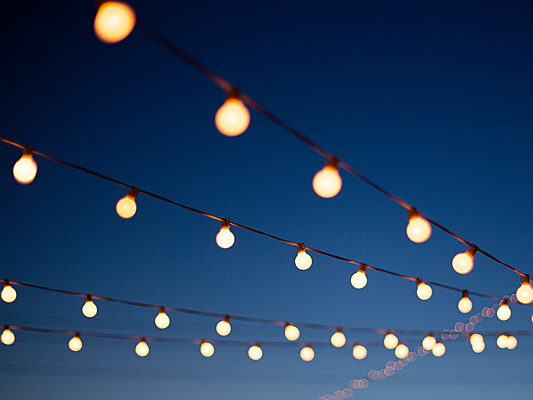 Trento - Let there be light! Follow these simple tips to brighten up your garden after dark.