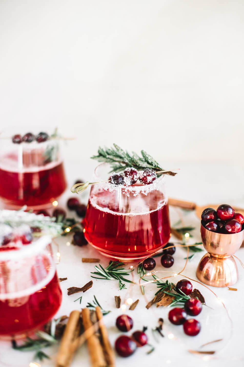 MRS. CLAUS CRANBERRY COCKTAIL