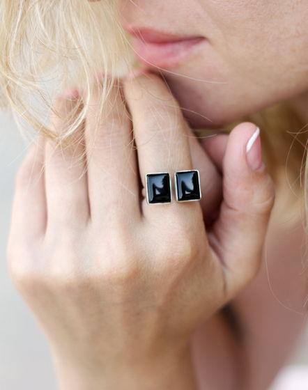 Кольцо с двумя черными ониксами