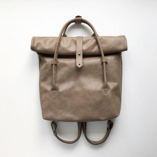 Кожаный рюкзак-сумка Rolltop Cacao