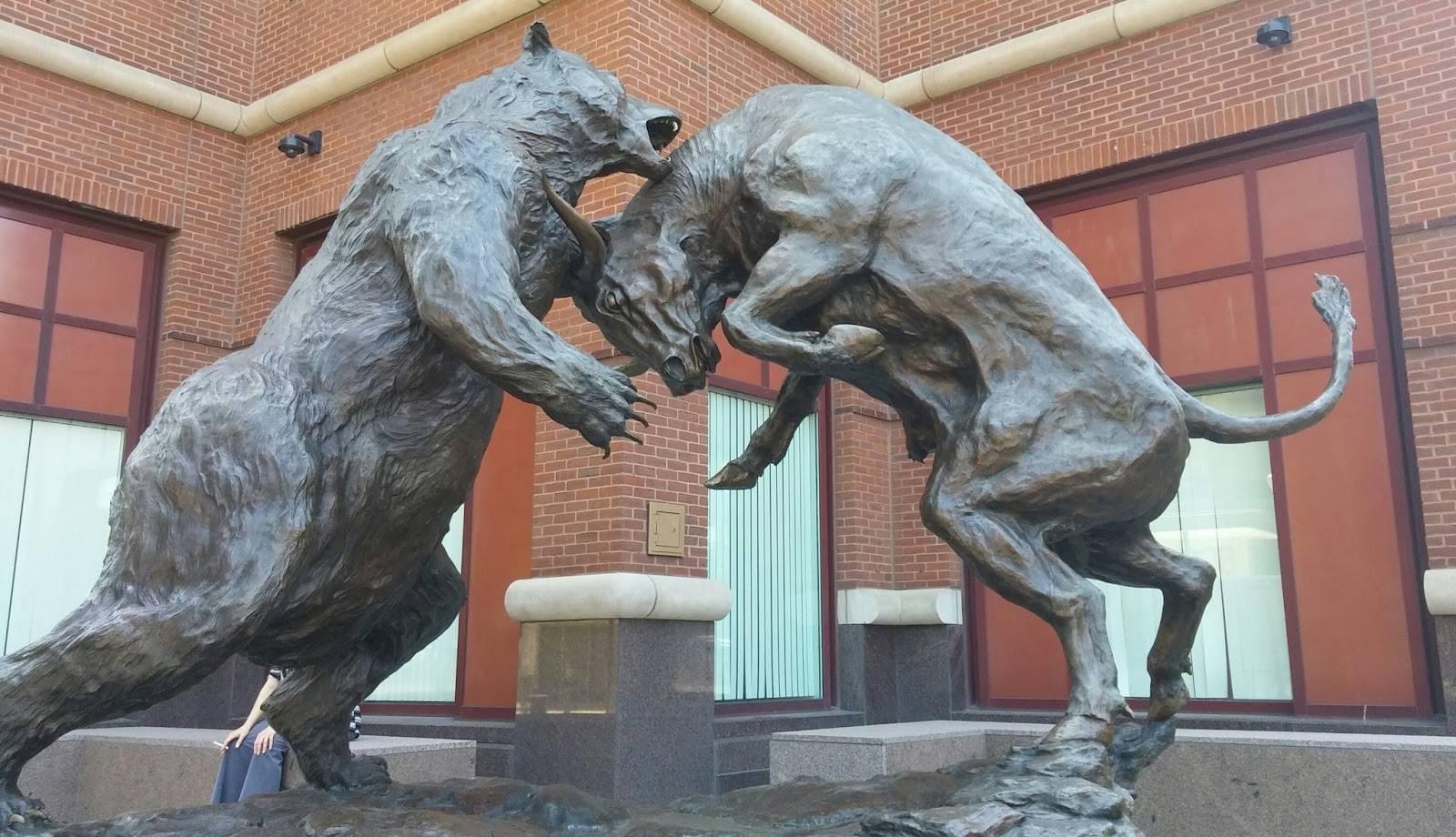Bulls versus Bears on Wall Street