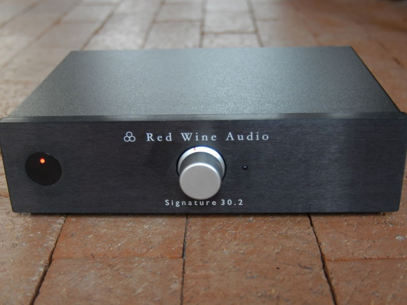 Red Wine Audio Signature 30.2 Integrated Amplifier