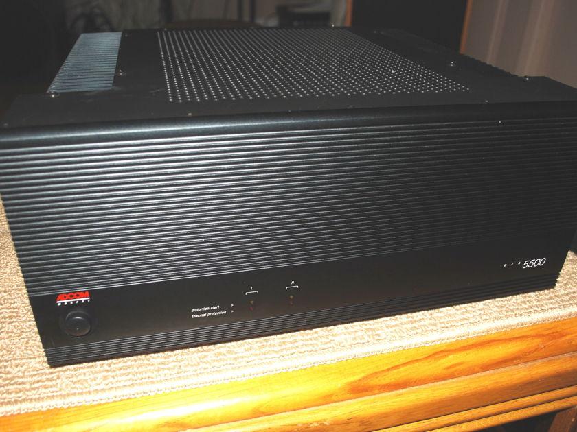 ADCOM  GFA 5500 MOSFET POWER AMP