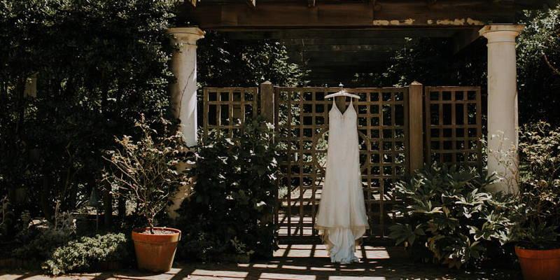Intimate Botanical Garden Wedding