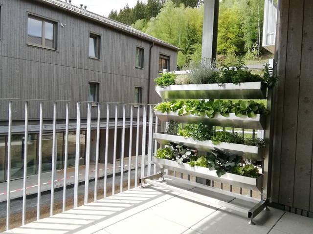 Vertikalbeet, Hochbeet Balkon