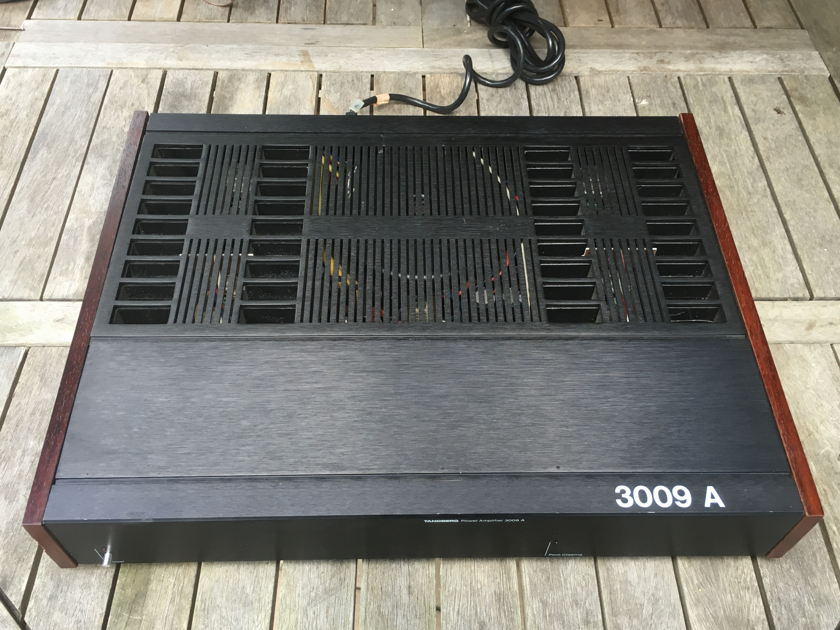 Tandberg 3009 A Monoblock Amplifiers