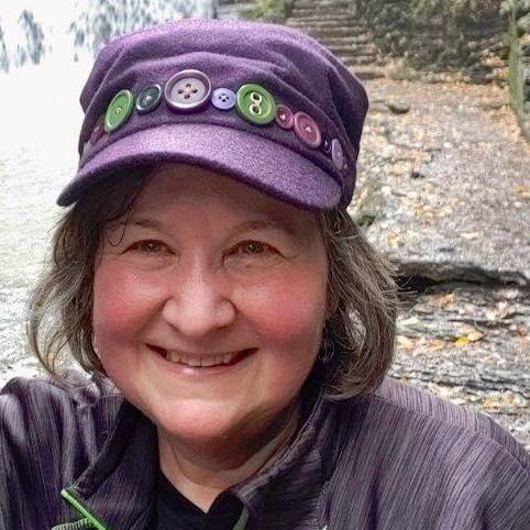 Marjorie Corrow Shamrock Chic Celtic Festival Online