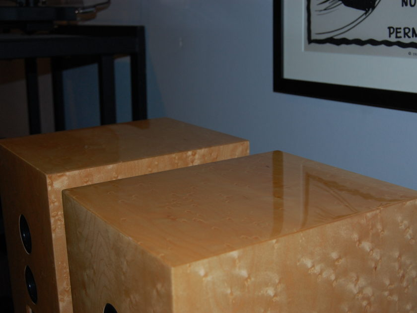 Quad 77-11L Bookshelf Speakers in Birdseye Maple