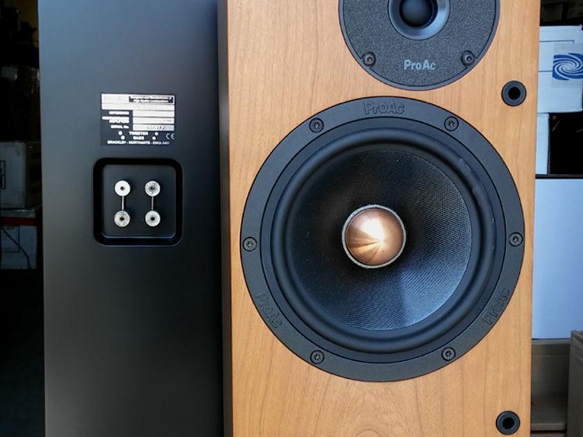 Proac Response D-15 (1 Pair) Loudspeakers USED (Finish: Cherry)