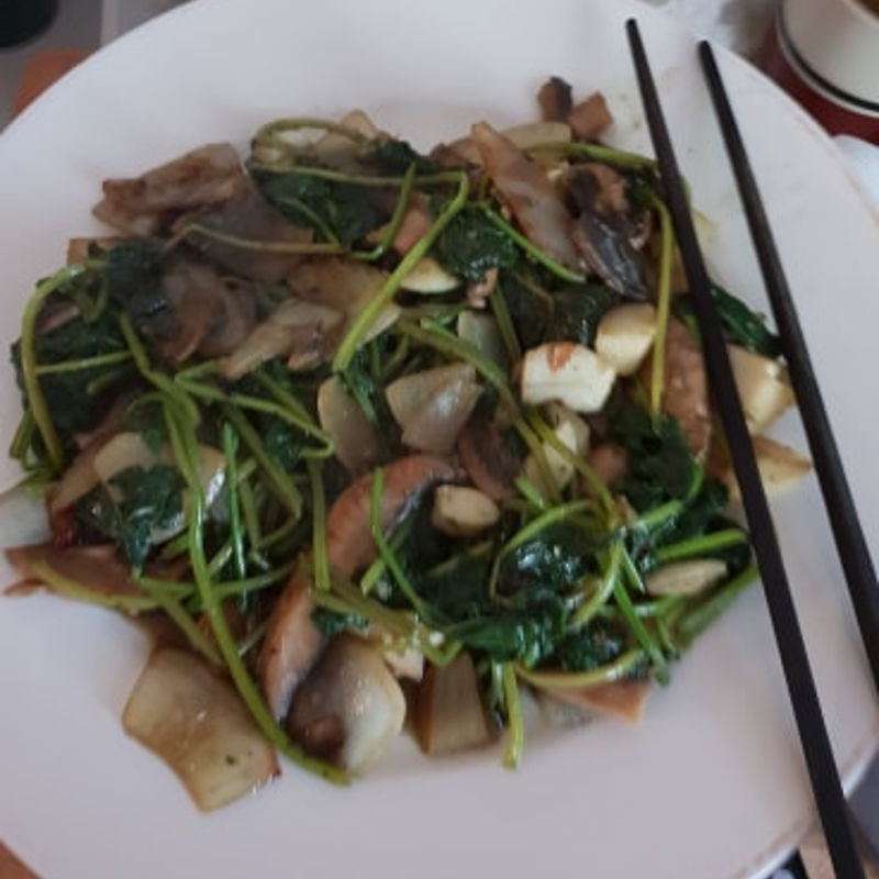 I was going to try your recipe, but my wife had boiled the leaves and used half in her dumplings (she is from Northern China). So, I Stirfryed onion, garlic and mushrooms, with a touch of Soy, Tobasco and Oyster Sauces, very nice. I will try your recipe for lunch tomorrow if there are enough leaves ready in the garden. Thanks for your recipe.
