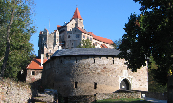 Моравский крас и замок Пернштейн