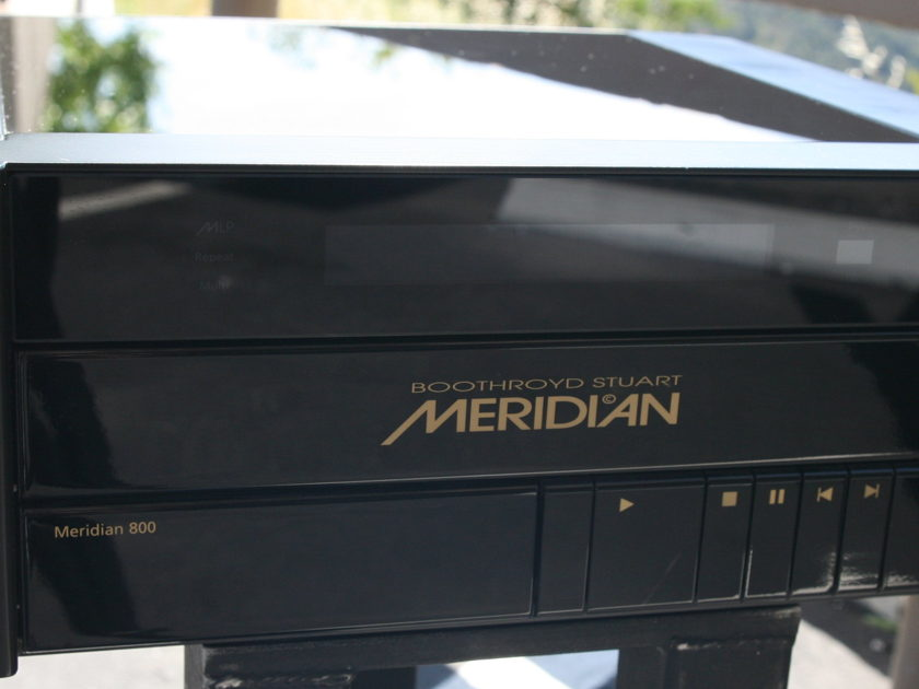 Meridian 800 CD / DVD Player