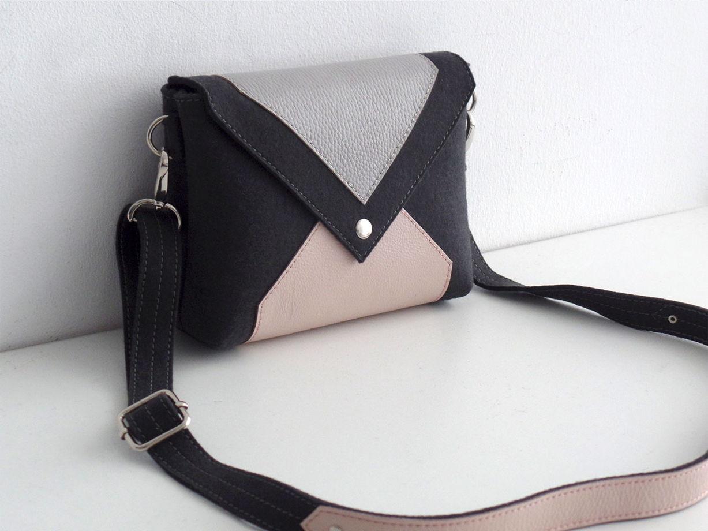 Антрацитовая сумка через плечо из фетра и кожи