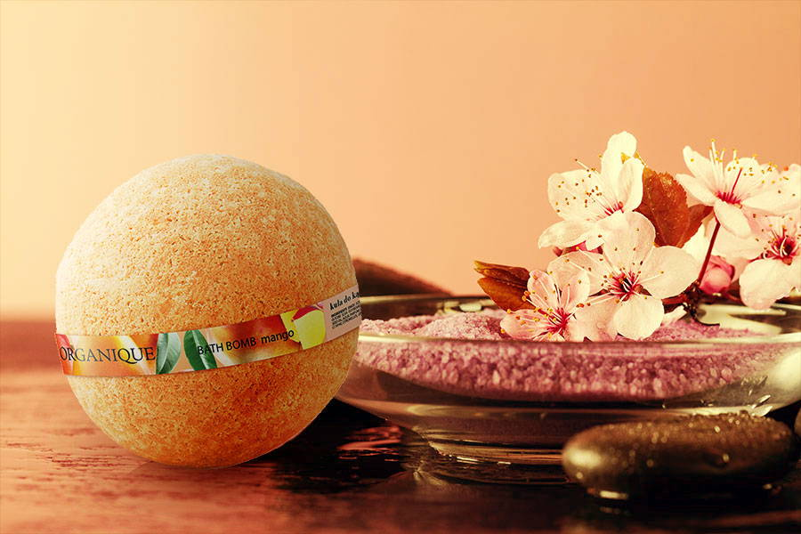 Nourishing Organique Bath Bomb Mango 170g potato starch