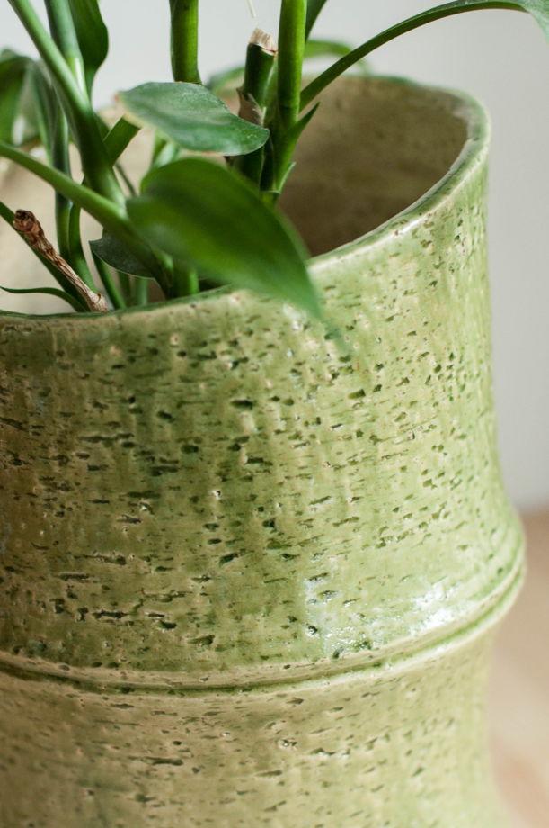 Керамическая ваза про бамбук