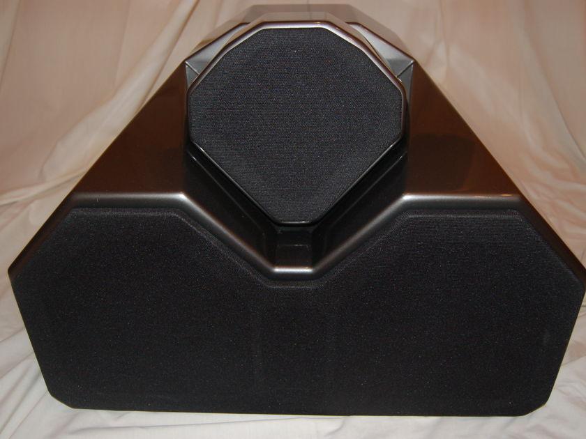 Wilson Audio Watch 2 Center dark titanium mint