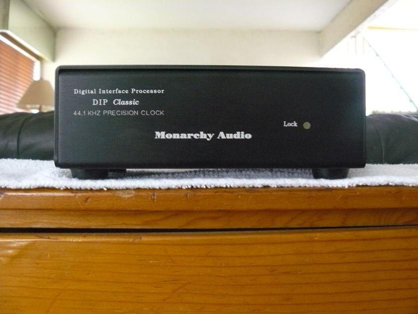Monarchy  Dip Classic Precision Clock