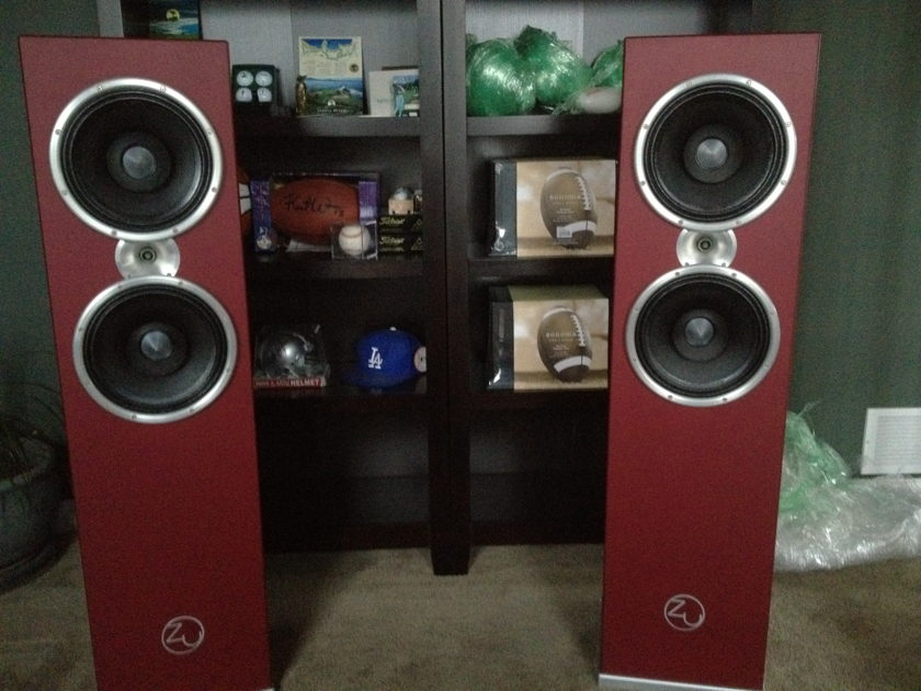 "Zu Def Pro with Rane PEQ55 Definition Professional Speakers 4 - 10"" Subwoofers Each!"