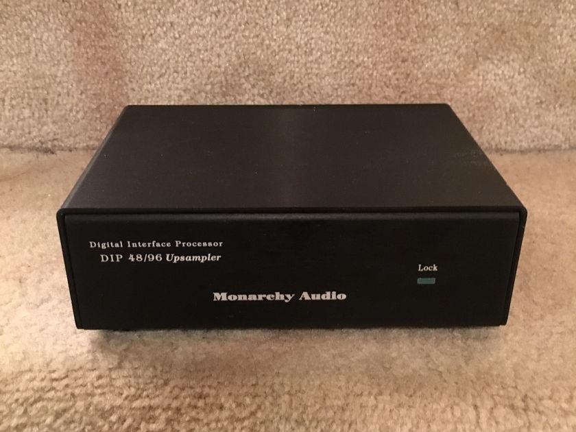 Monarchy Audio DIP 48/96 Upsampler