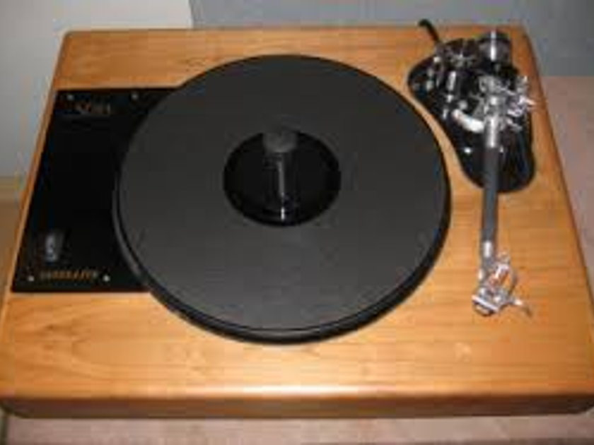 SOTA Satellite Series II Turntable with Rega S202 Tonearm