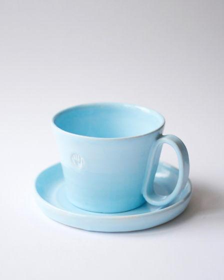 Большая чайная чашка с блюдцем