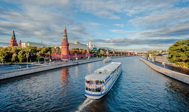 Экскурсия по Москве-реке на пароходе вокруг «Золотого острова»