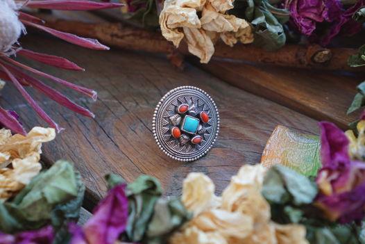 Серебряное кольцо в тибетском стиле