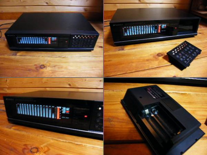 VINTAGE SANSUI SE-88 DIGITAL EQUALIZER IN BEAUTIFUL CONDITION